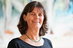 Karin Behr